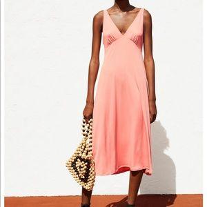 Zara flowy dress med